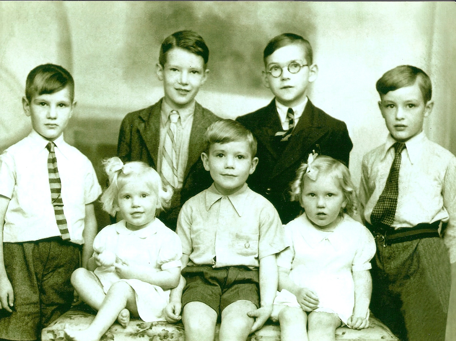 Wooler Family 7 of 9 children